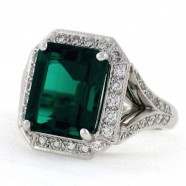 Emerald Cut Emerald Ring in Diamonds